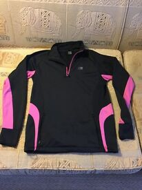 RUNNING/GYM/WALKING FLEECE LINED KARRIMOR TOP WITH ZIPPED HAND POCKETS - VGC - SIZE 10