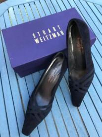 Stuart Weizman Russell&Bromley navy suede shoes, size 4.5 UK