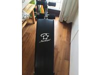 Star Shaper Sit Up Bench