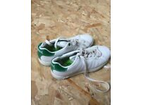 Lonsdale trainers size 4