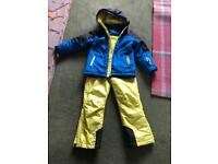 Child's ski suit in very good clean condition. Includes the braces for salopettes