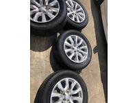 18 inch Range Rover Evoque alloys with tyres