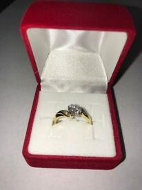 18 ct Diamond Ring Size K (Approx)