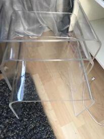 Nest of transparent tables