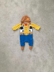 Woody baby grow and hat 0-3 worn once from mothercare