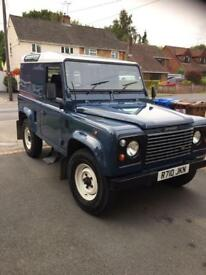 Land Rover 90 County 300 TDI SWB