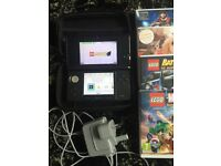 AS NEW 3 DS WITH GAMES PEN AND CHARGER