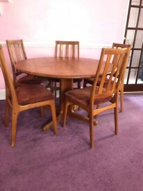 Nice round table and 8 chairs