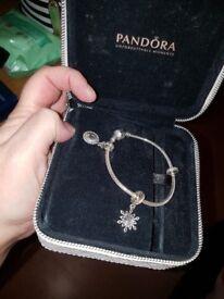 Pandora braclet 2 charms in box