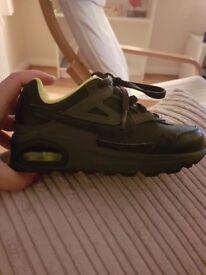 Nike trainers size 11 uk