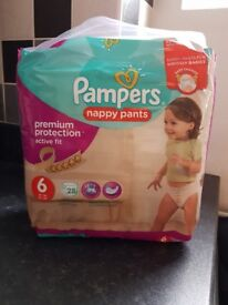 Pampers Nappy Pants - Size 6