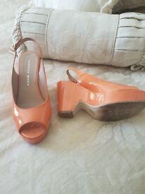 Womans orange sandles