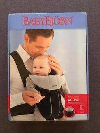 Baby Bjorn Active Carrier Black with Bib