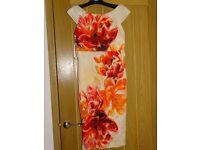 Beautiful bright Size 6 COAST dress