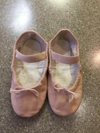 Bloch pink leather ballet shoes 10.5