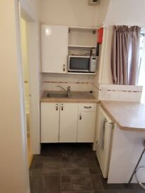 Studio Flatlet for rent in Exmouth
