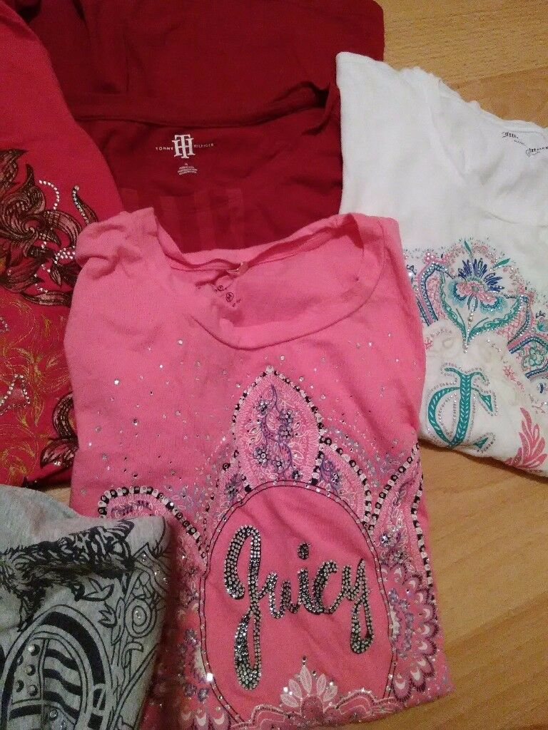 4 juicy couture and 1 Tommy Hilfiger ladies t-shirts