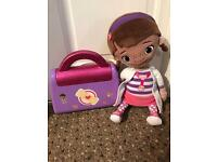 Doc McStuffins Soft Doll and Doctors Set.