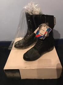 Biker Boots Black Mens Ladies Unisex Size 5 Brand New with Tags and in Box