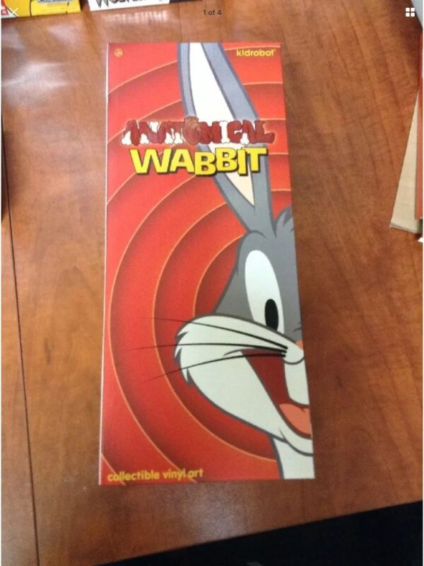 Looney Tunes Anatomical Wabbit - Kidrobot SDCC Exclusive GID