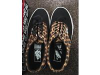 Ladies vans size 7.5