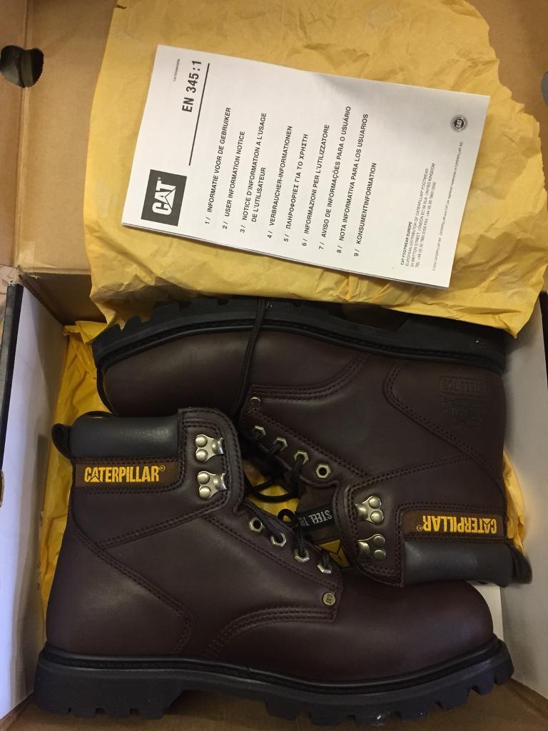 Caterpillar mens boots Brown 9