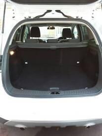 Ford Kuga Diesel Estate 2.0 TDCI 140 Zetec 5dr 2WD White
