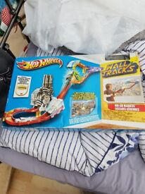 Hot Wheels Mid Air Madness Toy