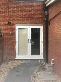 One Bedroom Flat Only £850 PCM