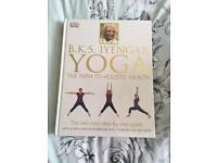 BKS IYENGAR YOGA THE PATH TO HOLISTIC HEALTH BOOK BRAND NEW SEALED