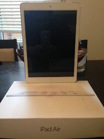 Apple IPad Air (16g) only used for 1 month