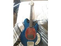 USA Musicman Stingray Metallic Blue