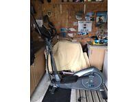 Healthrider 950 Elliptical Cross Trainer