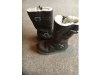 Girls Kensington Leather Ugg Boots Dark Brown Size UK 1