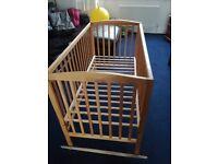 £15 Cot bed