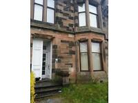 TOP FLOOR AND GROUND FLOOR 1 BEDROOM FLAT TO LET ON QUEENS DRIVE £350PCM COUNCIL TAX INC