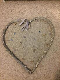 Wicker heart pin board