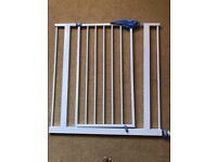 £15 -- TWO Lindham Easy Fit Baby Safety Stair Gates for sale (GOOD CONDITION)