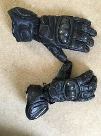 Real leather carbon fibre knuckled buffalo motorcycle gloves