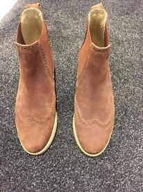 Russell & Bromley Tan Chelsea Boots