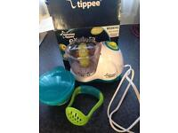 Tommee tippee blender and nuby masher pot