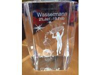 Glaswürfel Sternzeichen Wassermann in Top Zustand Baden-Württemberg - Albstadt Vorschau
