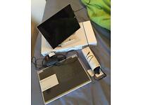 Microsoft surface pro 3 i5 8gb 256gb + pen + charger + extra charger + keyboard
