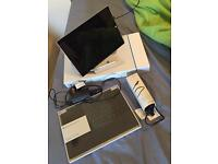 Cheapest Microsoft surface pro 3 i5 8gb 256gb + pen + charger + extra charger + keyboard