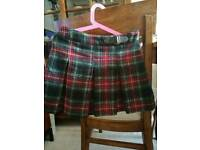 """Lovely """"Next"""" Skirt /size 8 years"""