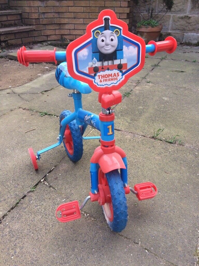 Thomas The Tank Engine First bike with stabilisers