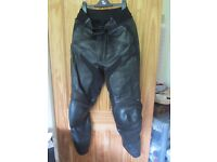 LEATHER MOTORCYCLE TROUSERS SIZE L MADE FOR TRIUMPH