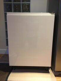 Fridge - very clean and excellent condition