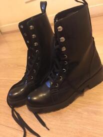 Zara ladies black shoes size 38