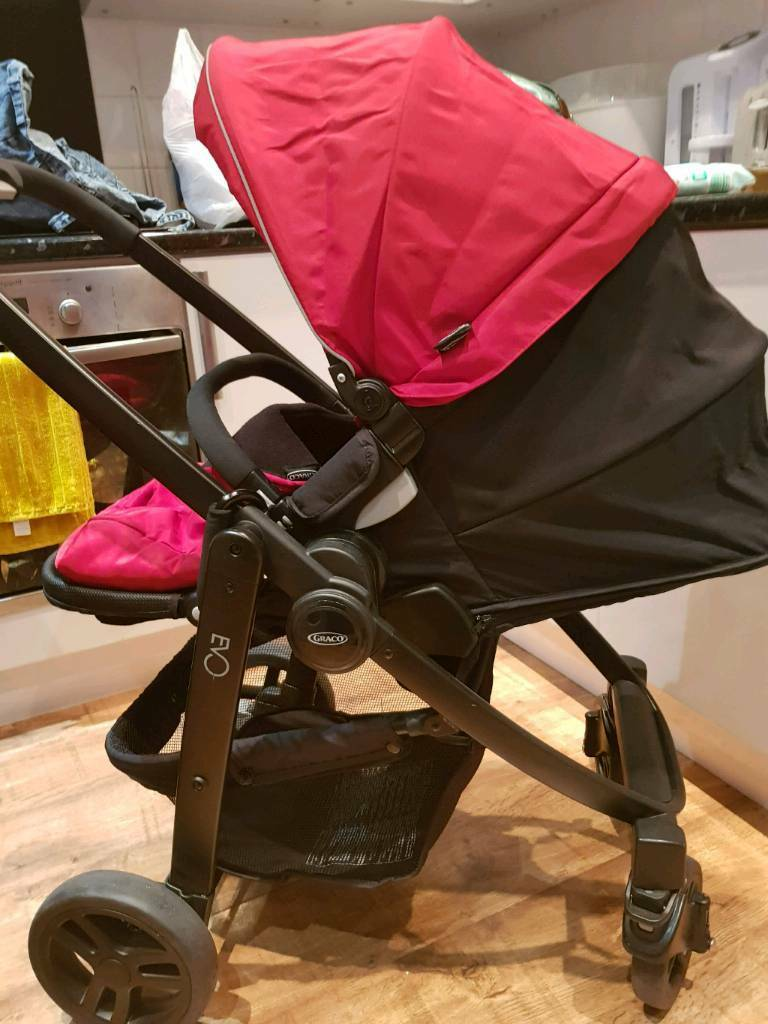 Graco Evo Pram and Car Seat (red)